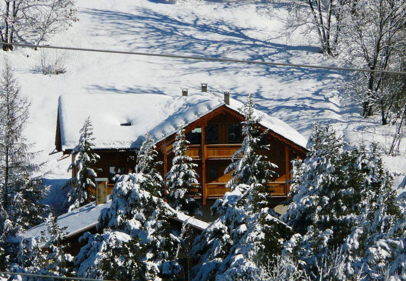 Chalet in La Salle-les-Alpes - Chalet Cerf Che