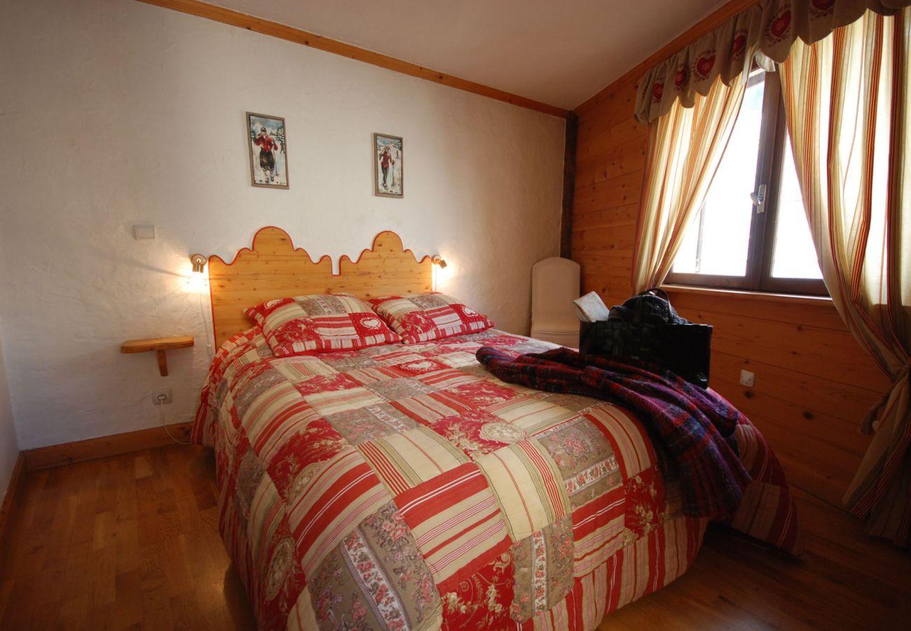 Apartment in Saint-Chaffrey - Appartement Les Bleuets