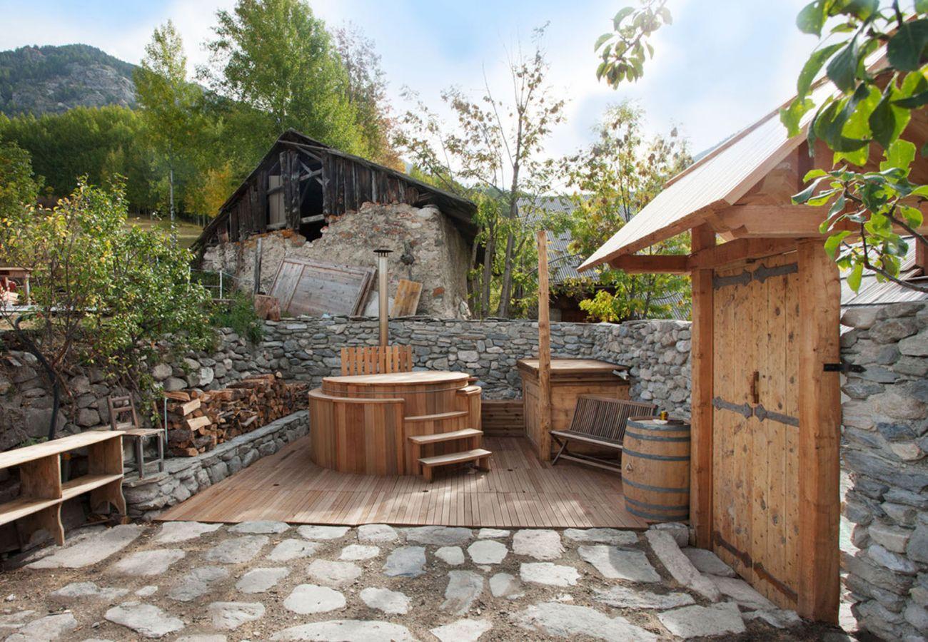 Chalet in Villar-Saint-Pancrace - Chalet Le moulin