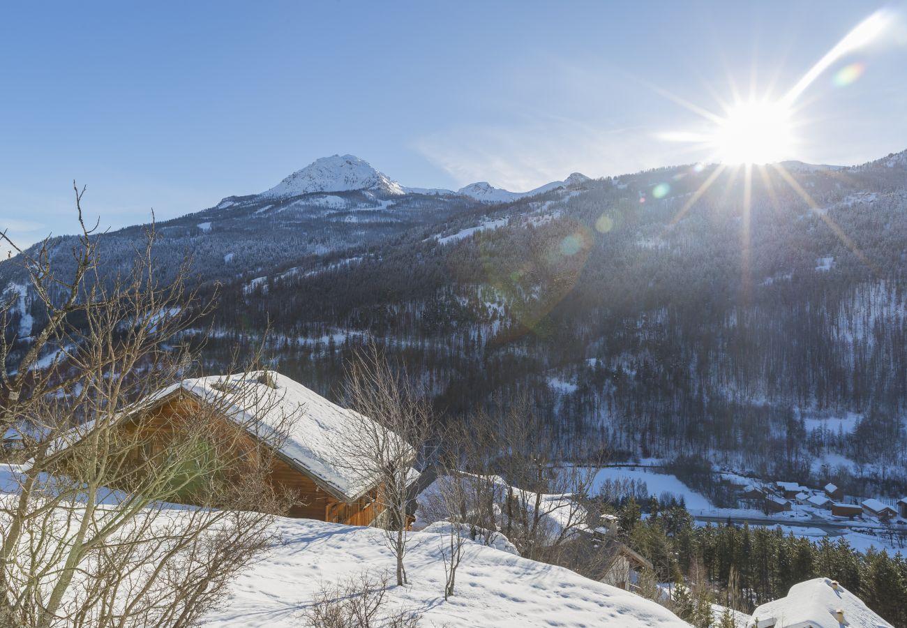 Chalet in La Salle-les-Alpes - Chalet & Spa Ibex