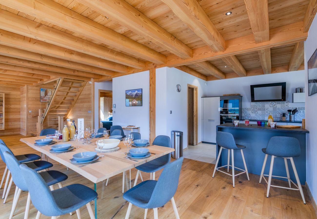 Chalet in Le Monêtier-les-Bains - Chalet Aigle